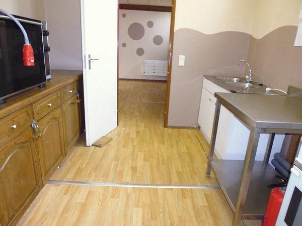 Petite salle cuisine 2